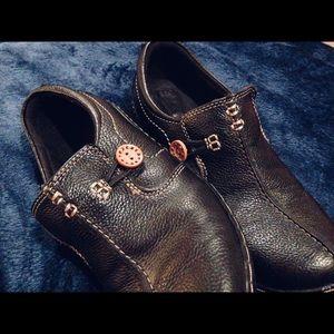 VGUC [Clark's] Women's Leather shoes.